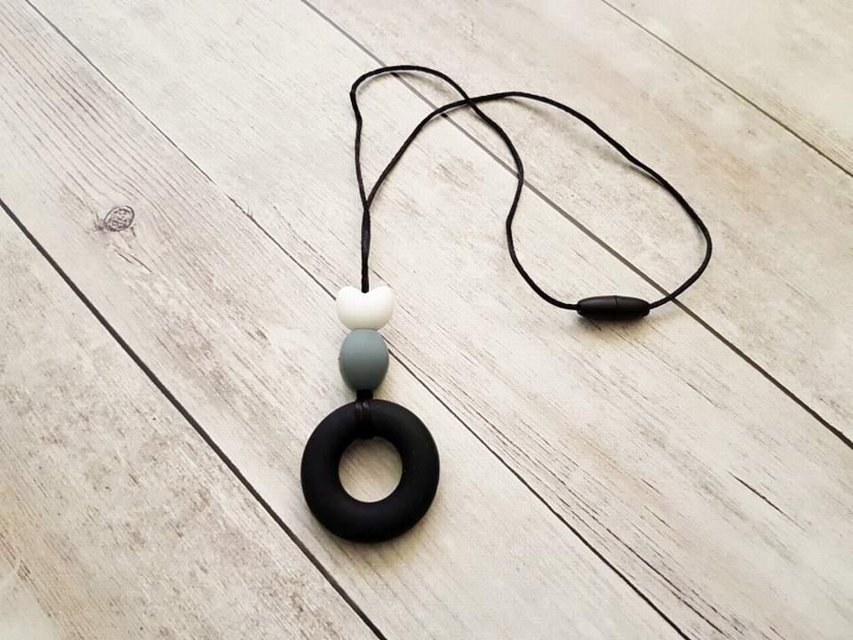 Szilikon nyaklánc (fekete-feher-szurke)